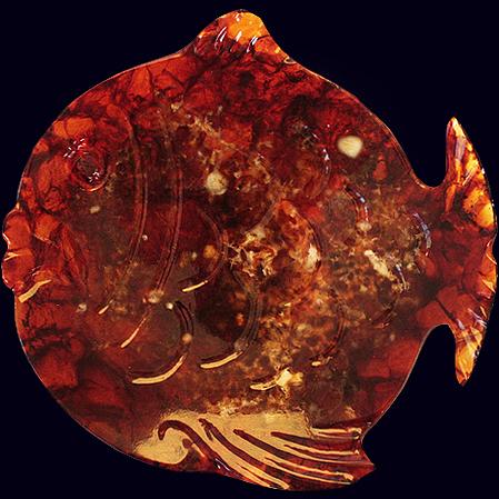 Янтарная тарелка «Рыбка»
