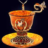 Чашка кофейная «Екатерина» из янтаря с декором из белой бронзы