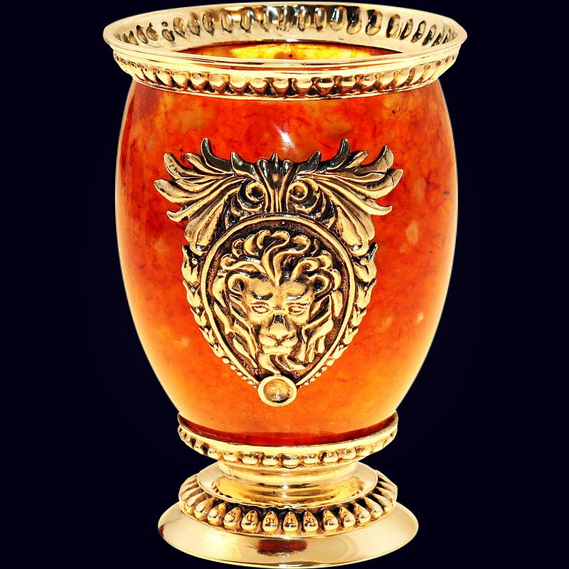 Стакан «Лев» из янтаря с декором из белой бронзы
