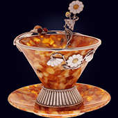 Чайная чашка «Летняя стрекоза» из янтаря с ложечкой с декором из белой бронзы