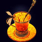 Кофейная чашка «Стрекоза» из янтаря с ложечкой с декором из белой бронзы