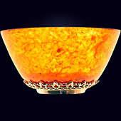 Янтарная пиала с декором из белой бронзы