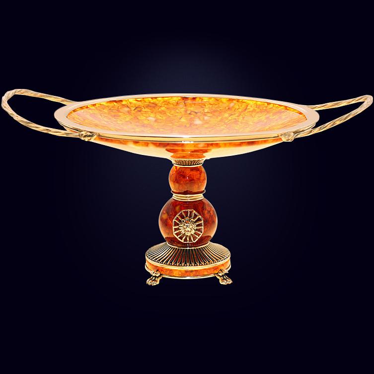Конфетница «Цезарь» из янтаря с декором из белой бронзы