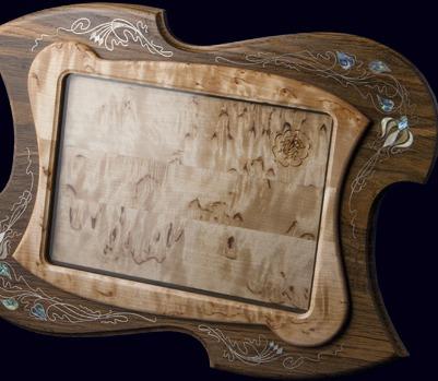 Рамка для фотографии с инкрустацией перламутром и серебром
