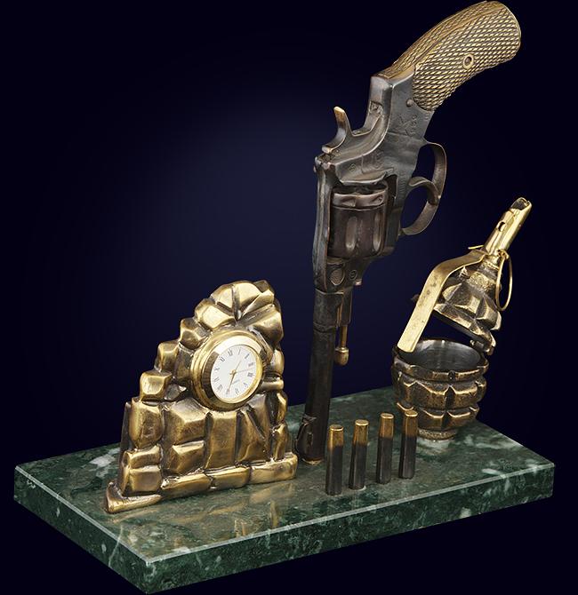 Настольный набор «Пистолет Макарова»