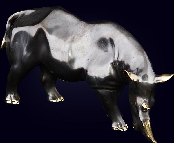 Декоративная скульптура «Носорог»