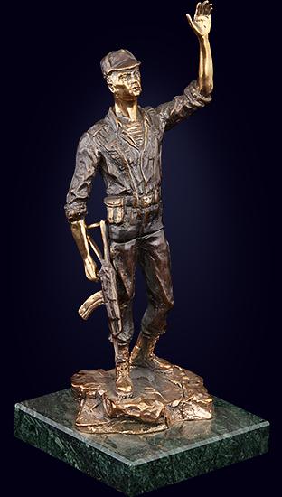 Статуэтка «Воин»
