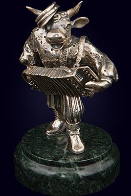 Серебряная статуэтка «Пой, душа!»