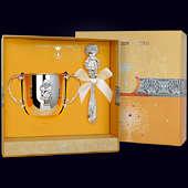 Набор детского серебра «Девочка»(поильник+погремушка)