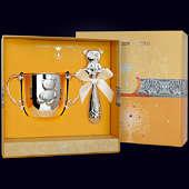 Набор детского серебра «Медведь» (поильник+погремушка)