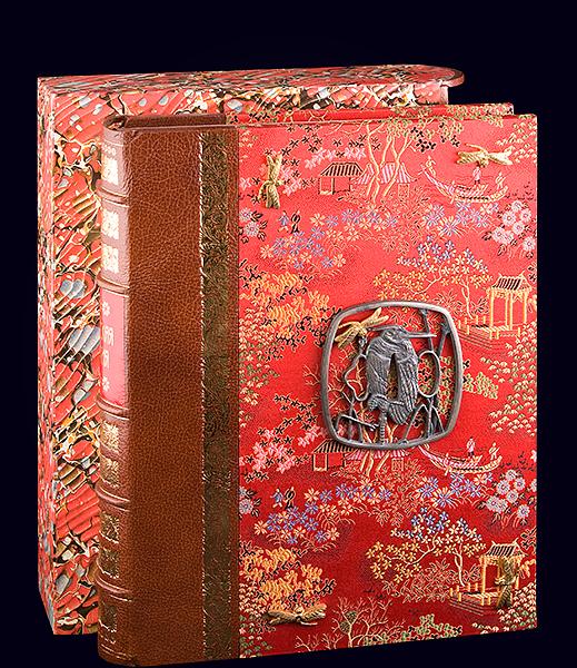 Книга «Японская поэзия» в VIP-переплёте