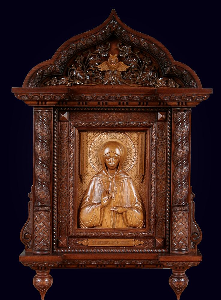 Резная икона Матроны Московской