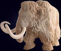 Резная скульптура «Мамонт» из ребра кита и бивня мамонта