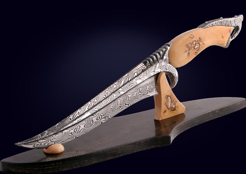 Настольный нож «Persian Dagger» из дамаска с рукоятью из бивня мамонта