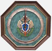 Настенные часы «Эмблема Пограничной службы России»