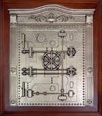 Деревянная ключница настенная «Сейф»