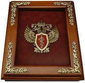 Деревянная ключница «Эмблема Федеральной службы РФ по контролю за оборотом наркотиков» (ФСКН России) настенная