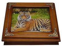Деревянная ключница «Тигр»