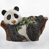 Статуэтка Панда на дереве