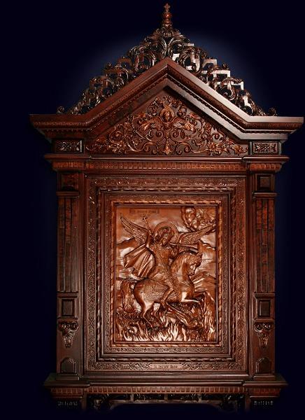 Резная икона Архангела Михаила