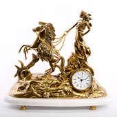 Часы каминные Колесница