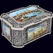 Ларец «Старая Москва» из цельного сереьра с финифтью