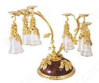 Винный набор «Виноградная лоза» из позолоченной латуни на пьедестале из яшмы