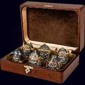 Набор из 6 бронзовых чарок «Воины мира» с золочением и серебрением в деревянном футляре