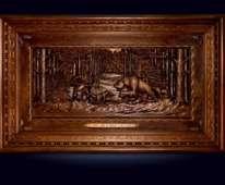 Резная объемная картина «Охота на медведя» из ценных пород дерева