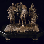 Ювелирная скульптура «Три богатыря» из латуни на мраморном камне