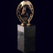 Статуэтка «Лошади и подкова» из латуни