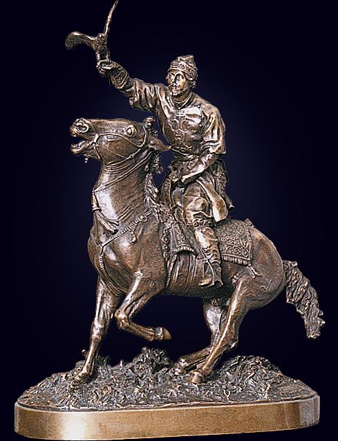 Скульптура «Царский сокольничий»