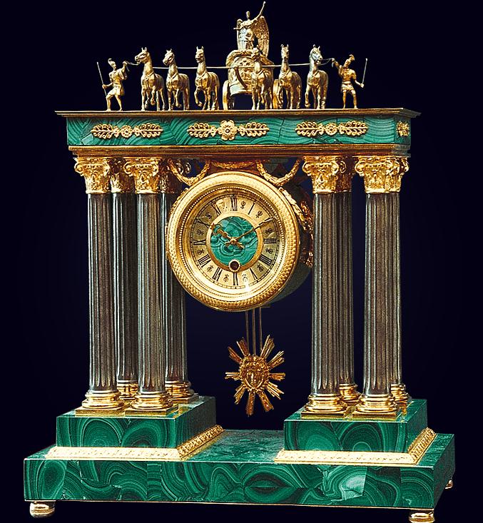 Часы «Триумфальная арка»