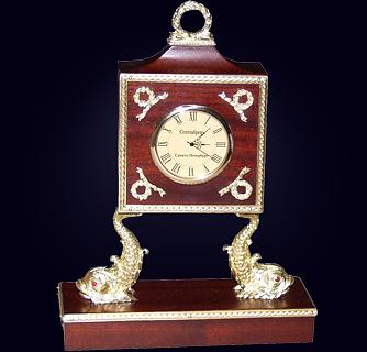 Часы «Дельфины III»