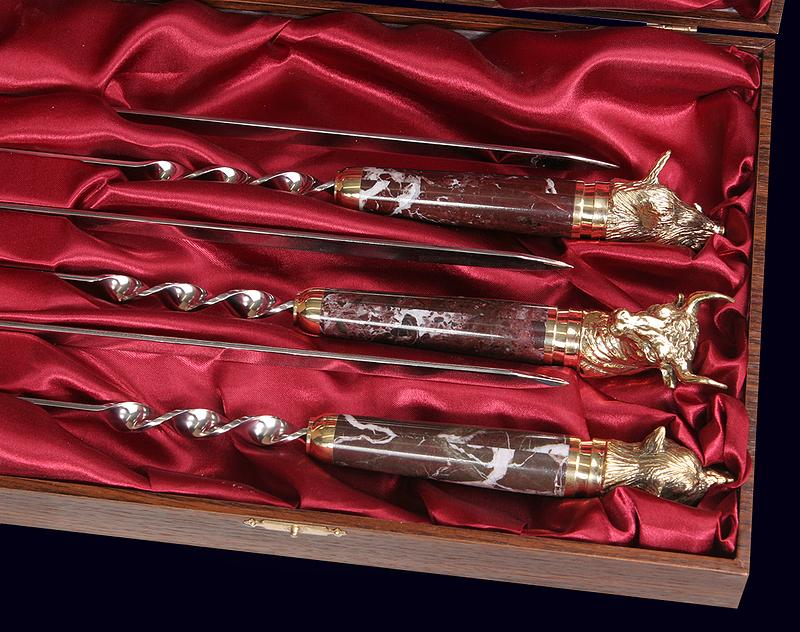 Набор шампуров «Охотничий» с ручками из яшмы и латуни в жестком футляре