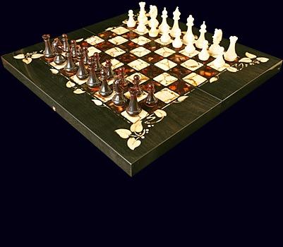 Шахматы из мореного дуба «Флора»
